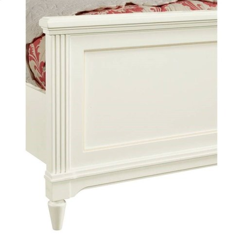 Clementine Court Frosting Queen Panel Bed
