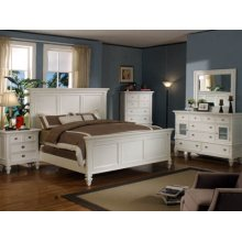 Queen Bedroom Set: Queen Bed, Nightstand, Dresser & Mirror