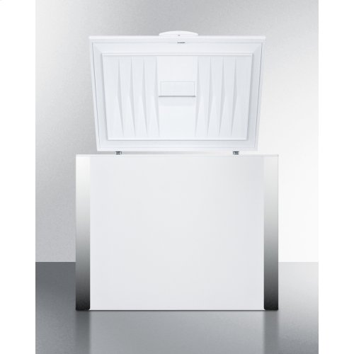 Commercially Listed Frost-free Chest Refrigerator In White