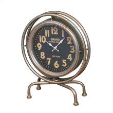 Leigh Clock