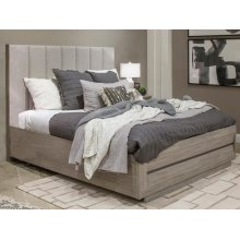 Complete Queen Upholstered Bed with Wood/Metal FB