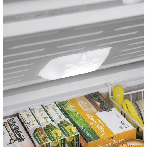 Hotpoint 9.4 Cu. Ft. Manual Defrost Chest Freezer