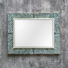 Makaria Mirror