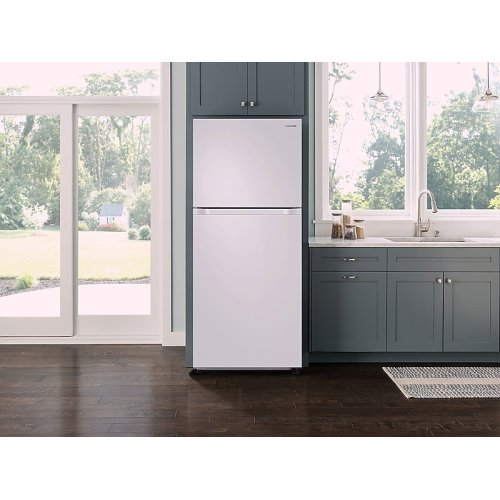 18 cu. ft. Top Freezer Refrigerator with FlexZone in White