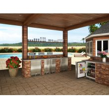 """Marvel 15"""" Outdoor Clear Ice Machine - Solid Stainless Steel Door, Left Hinge with Factory Installed Pump"""