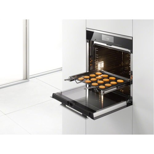 HEG Handle For safe removal of hot, fully-loaded trays and racks.