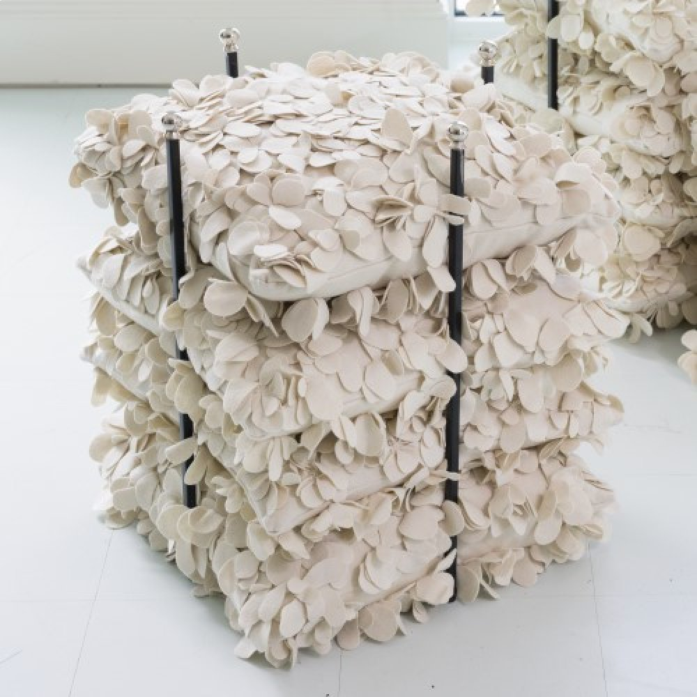Pillow Fixture-Nickel
