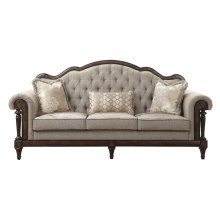 Sofa with 3 pillows