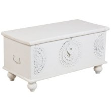 Leelo Coffee Table Trunk, White, CAR-TR-W