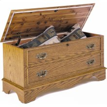 Brantley Cedar Chest (Oak Finish)