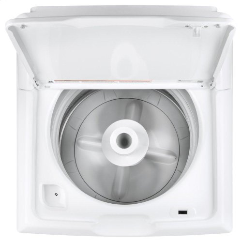 Hotpoint® 3.8 cu. ft. Capacity Washer with Stainless Steel Basket AND 6.2 cu. ft. 240 Volt White Electric Vented Dryer **OPEN BOX ITEMS** Ankeny Location