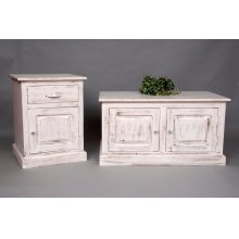 "#451 Clarkesville End Table 20""wx19""dx36""h"
