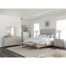 Lilly - Seven Drawer Dresser - Champagne Finish