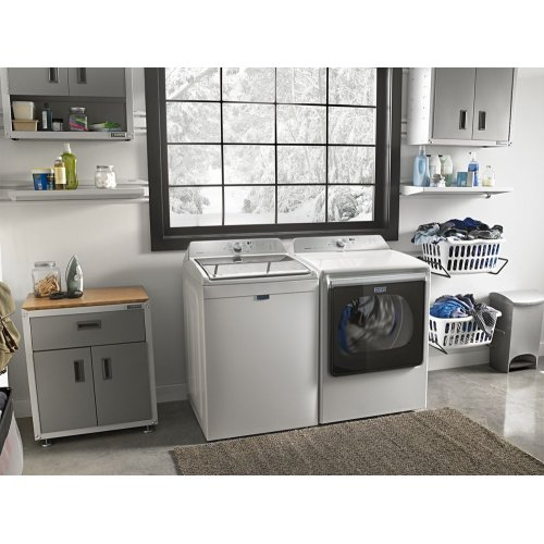 6.1 cu. ft. Extra Large Capacity Top Load Washer with SmoothClose lid