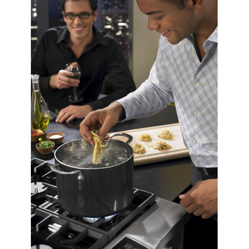 36-Inch 6-Burner Dual Fuel Freestanding Range, Commercial-Style - Stainless Steel