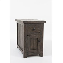 Madison County Chairside Table - Barnwood