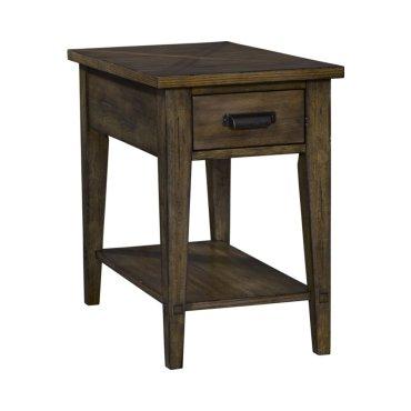 Creedmoor Chairside Table