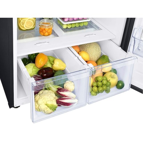 21 cu. ft. Top Freezer Refrigerator with FlexZone and Ice Maker in Black Stainless Steel