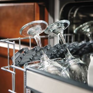 """***DISPLAY MODEL CLOSEOUT*** 24"""" Dishwasher w/Installed Viking Stainless Steel Panel"""