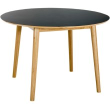 Tuuli Dining Table