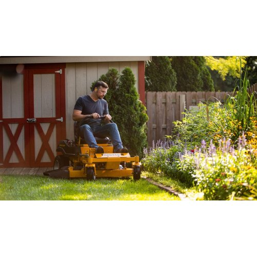 Hustler Dash 10.5-HP Dual Hydrostatic 34-in Zero-turn Lawn Mower