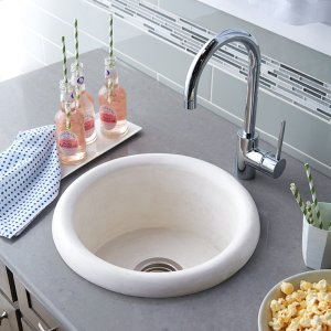 Pozo in Pearl Product Image