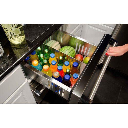 """24"""" Marvel Outdoor Refrigerated Drawers"""