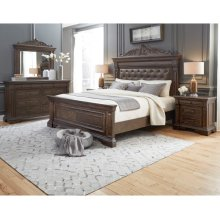 P1421  Bedford Heights Queen or King Panel Bed Group in Estate Brown