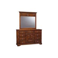 Coventry Dresser Triple