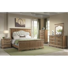 1048 Cottage Charm Queen Bed with Dresser and Mirror