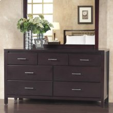 Nevis Dresser