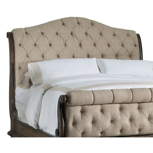 Bedroom Rhapsody California King Tufted Bed