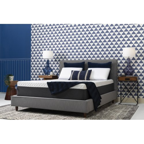 "Conform - Essentials Collection - 12"" Memory Foam - Mattress In A Box - Twin"
