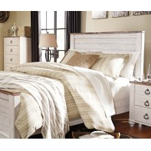Willowton Queen Bedroom Set: Queen Bed, Nightstand, Dresser & Mirror