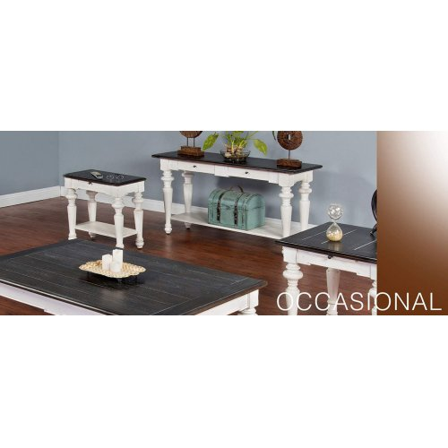 European Cottage End Table