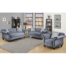 Victoria Loveseat