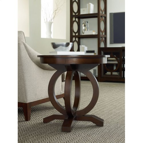 Living Room Kinsey Round End Table