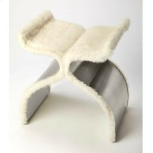 Uniquely yours! The attention to design and glamour does not go unnoticed with the Off White Faux Fur Bench adding a bit of luxurious texture to your space. While the high shine, stainless steel finish follows every soft curve of the elegant design on th