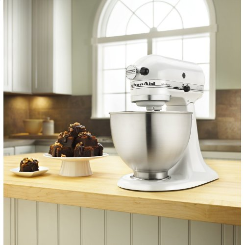 Ultra Power® Series 4.5-Quart Tilt-Head Stand Mixer White