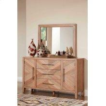 Auburn White-washed Dresser