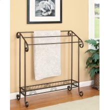 Traditional Dark Brown Metal Towel Rack