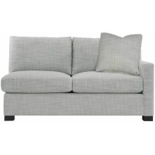 Kelsey Right Arm Loveseat in Mocha (751)