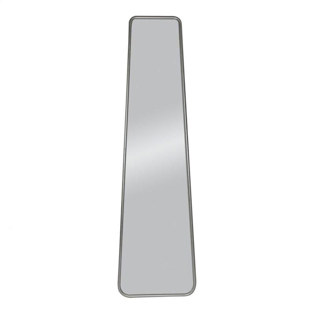 Monty Mirror
