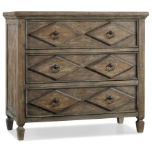 Living Room Rhapsody Diamond Chest