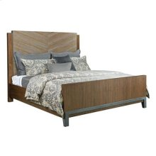 AD Modern Synergy Chevron Maple Queen Bed Package