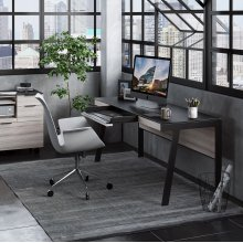 6901 Modern Office Desk in Environmental