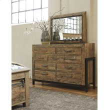 Sommerford - Brown 5 Piece Bedroom - Dresser, Mirror, Headboard, Storage Footboard, Storage Rails