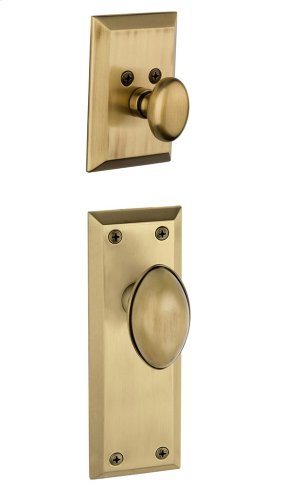 Grandeur - Single Cylinder Combo Pack Keyed Differently - Fifth Avenue Plate with Eden Prairie Knob and Matching Deadbolt in Vintage Brass Product Image