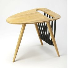 This sleek and stylish magazine table with is an elegant touch to virtually any modern space. Crafted from mango wood solids, it boasts a natural and black two-tone finish.