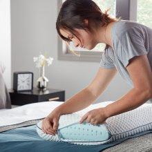 Weekender Gel Memory Foam Pillow, Queen